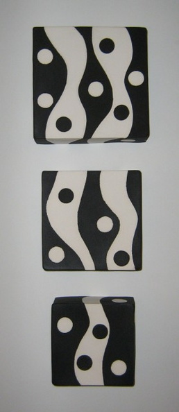 Black and White Polka Dot Box Set (wall mount)