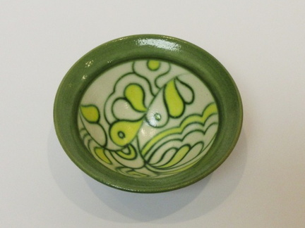 Green and Yellow 'mishima' bowl detail